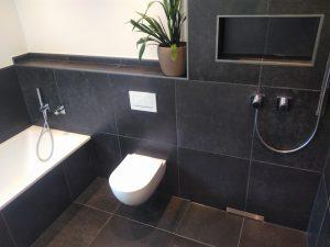 Wand WC, erhöht montiert